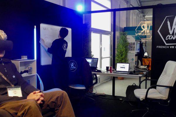 Au salon Laval Virtual, le stand de la VR-Connection regroupe les acteurs français de la réalité virtuelle. © Nicolas Barrial