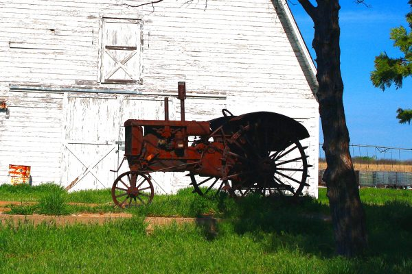 Do tractor owners have the right to repair them? In the US, the answer is still no. © Warren Brown CC by 2.0