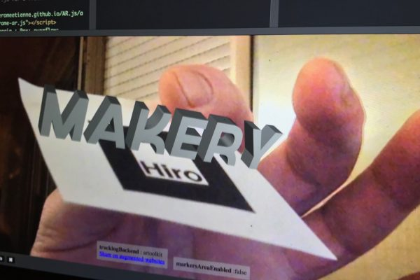 Embed augmented reality into your Web page with 10 lines of code