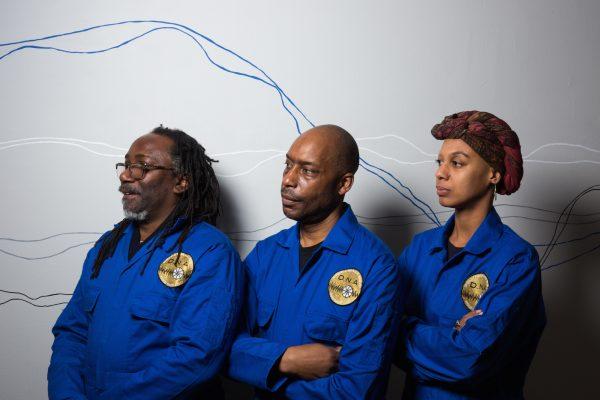 Les attrapeurs d'ADN du collectif Mission Misplaced Memory. © Arts Catalyst