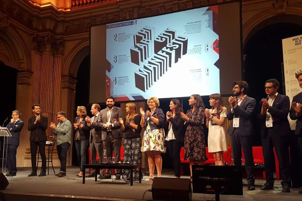 The signature ceremony of the Fab City Manifesto at the City Hall of Paris for the opening of the Fab City Summit. © Makery